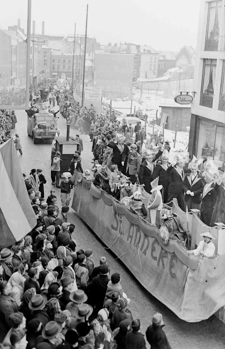 1.-Optochtwagen-seizoen-1954-1955