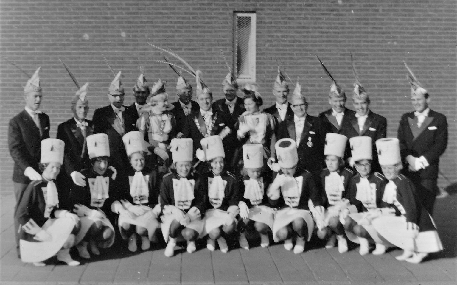 10.-Raad-van-Elf-en-dansgarde-seizoen-1965-1966