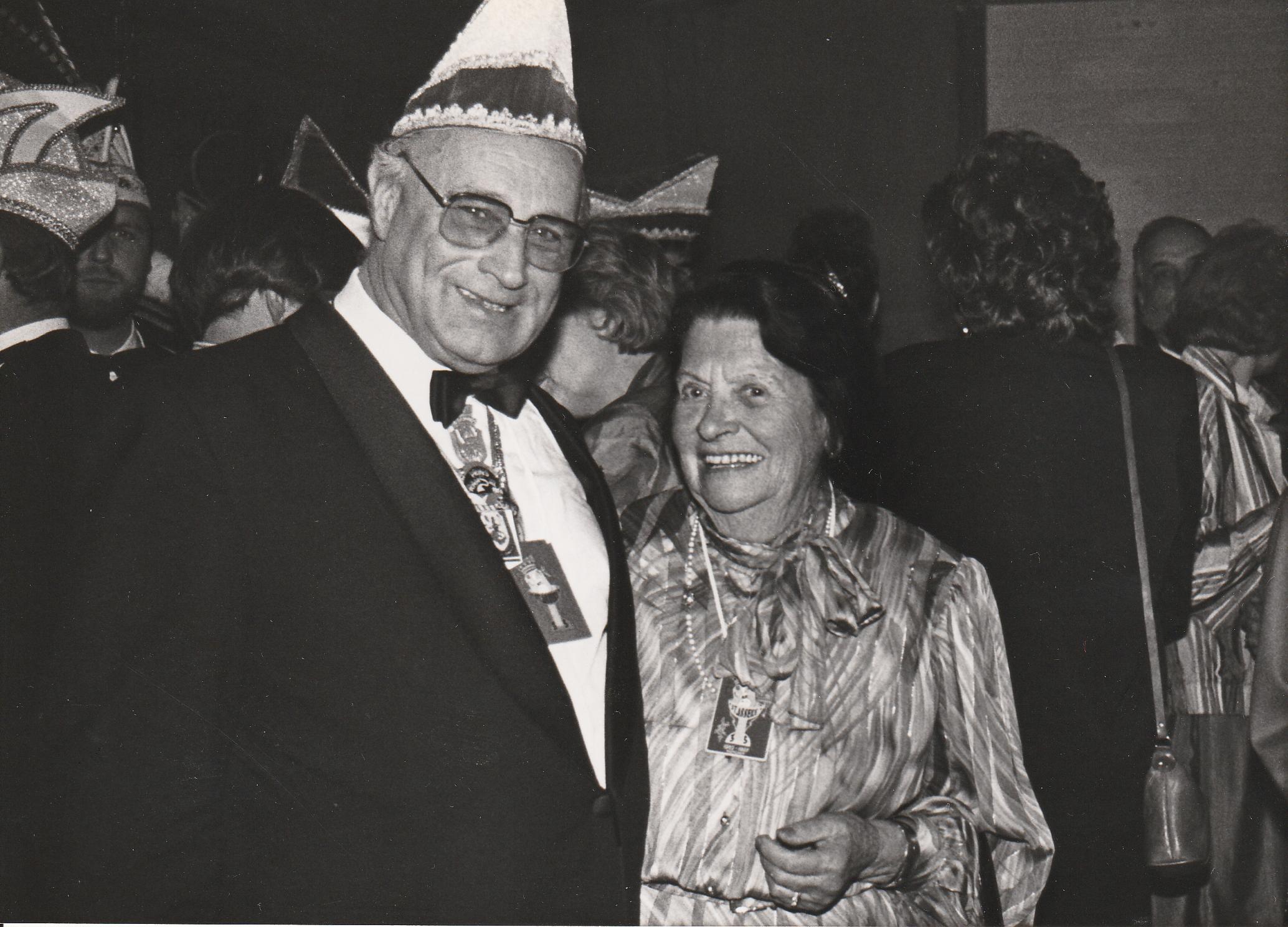 6.-Jubileumreceptie-Joop-en-Anneke-Pfeiffer-naamgeeftster-1987-1988