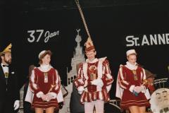 10.-Prins-Ed-1-op-bezoek-bij-zijn-St.-Anneke-seizoen-1989-1990