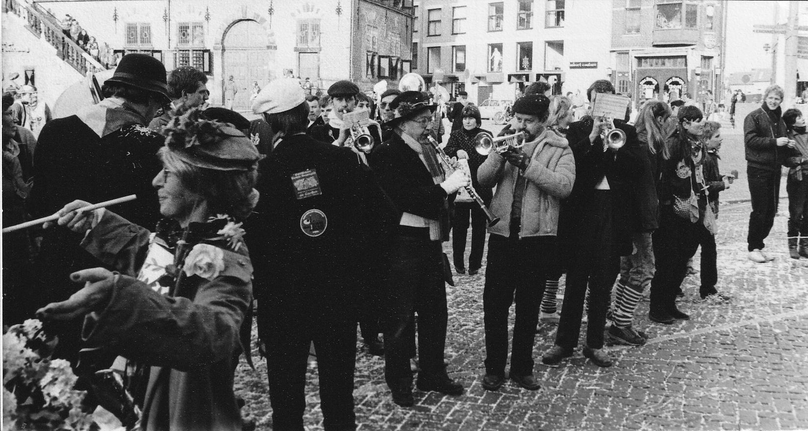 11.-Dweilen-met-Assekruus-1985-1986