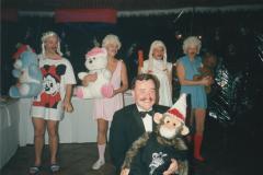 14.-Aspirantenact-tijdens-kerstdiner-1986-1987